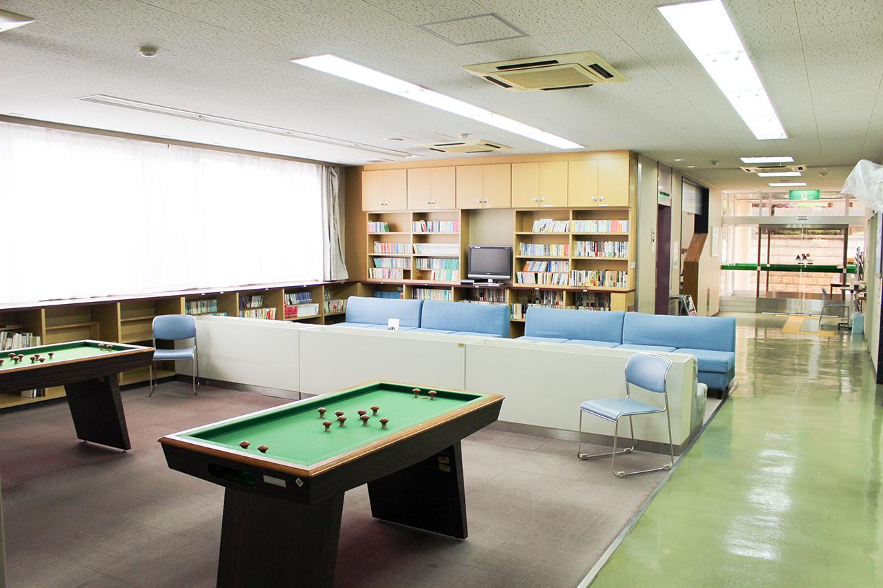 岸和田市立 高齢者ふれあいセンター : ふれあい室